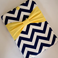 """Macbook Pro 15 Sleeve MAC Macbook 15"""" inch Laptop Computer Case Cover Navy & White Chevron with Yellow Bow"""