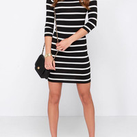 Round Neck Striped Sheath Dress