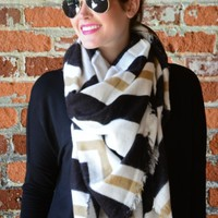 On The Geo Scarf