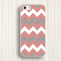 Silver iphone case,pink iphone 5s case,chevron iphone 5 case,iphone 5c case,iphone 4 case,iphone 4s case,Silver iphone cover,stripe case