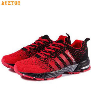 Newest Men Women Outdoor Walking Shoes Breathable Men Casual Shoes Fashion Classic Trainer