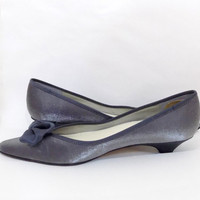Retro metallic shoes silver pewter pointed toe bow flats small heel vintage shoessize 7 M