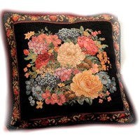 Tache 18 x 18 Inch Country Rustic Floral Midnight Awakening Cushion Cover