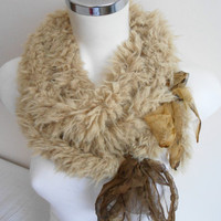 Camel fur scarf, Camel color scarf, Plush scarf, Fake fur scarf, Valentine's Day gift, Soft scarves, Women's Fashion, Foam scarf