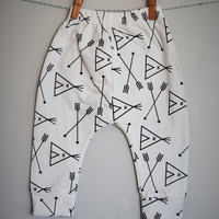 Teepee Leggings, Arrow Leggings,Harem leggings, baby girl harem, baby boy harem,  organic cotton leggings, toddler clothing, baby harem pant