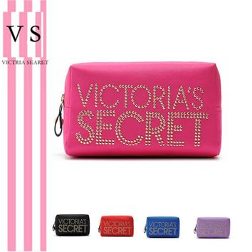 Hot Sale Beauty On Sale Hot Deal Rivet Storage Toiletry Kits Make-up Bag [12149132179]