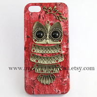 iphone 5 case, lovely owl iphone 5 case, case for iphone 5, red wood Hard Case, iphone 5 hard case