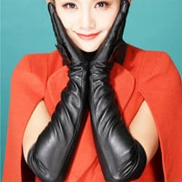 Female temperament of Europe and the bowknot gloves autumn winter warm long cubits long leather gloves women glovess
