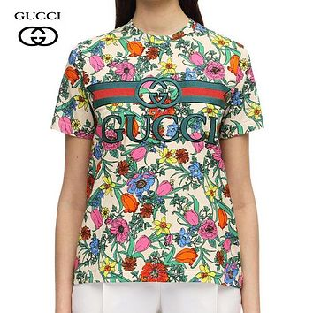 GUCCI Summer Hot Sale Women Men Casual Embroidery Short Sleeve T-Shirt Top