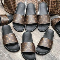 LV Louis Vuitton laser letters men's and women's slippers casual shoes