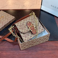 Coach's new stylish small square bag all-match single shoulder bag