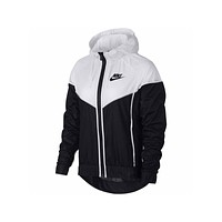Nike Women's Windrunner Windbreaker Running Jacket Black White