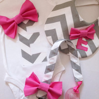 Initial Letter Onesuit, Pacifier Clip and Initial Letter Bib Set, Gray/White Chevron, Pink Bow, Gift Set, Baby Shower Gift, Baby Girl