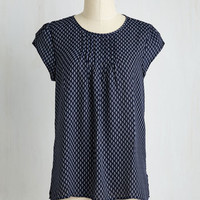 Mid-length Cap Sleeves Charmer in Charge Top in Navy