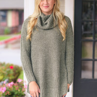 Coming Up Cozy Turtle Neck Sweater - Olive