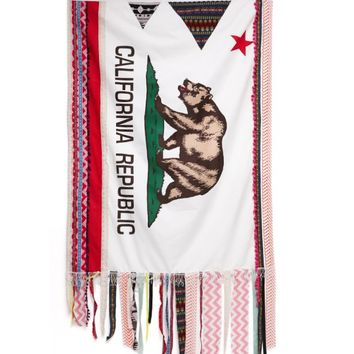 LA Hearts CA Flag Tapestry - Womens Scarves - Multi - One