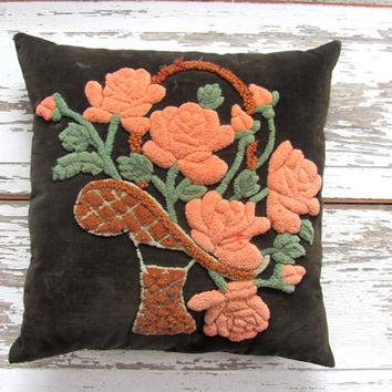 Vintage black hooked floral pillow / bouquet of roses