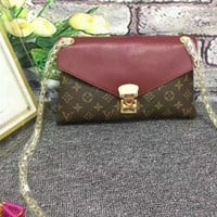 """Louis Vuitton"" Fashion Multicolor Classic Retro Logo Print Women Lock Postman Handbag Single Shoulder Messenger Bag"