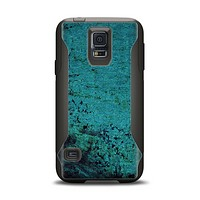 The Grungy Teal Surface Samsung Galaxy S5 Otterbox Commuter Case Skin Set