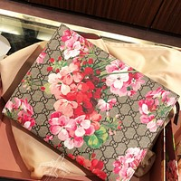 GUCCI fashion casual ladies double G printed safflower makeup bag