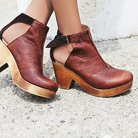 FP Collection Womens Amber Orchard Clog