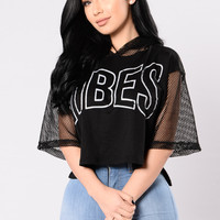 I Got The Vibes Top - Black