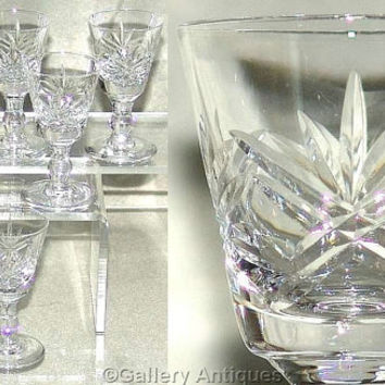 "Six Vintage Thomas Webb London Pattern Crystal Cut Glass 3 1/8"" tall Liqueur / Cordial Glasses Signed c.1970's (ref: 4033)"