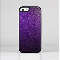 The Purpled Crackled Pattern Skin-Sert for the Apple iPhone 5c Skin-Sert Case