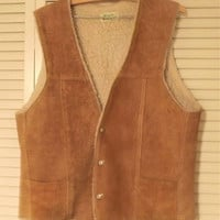 Suede Leather Vest, Mens Brown Suede Vest, Vintage 1970s Vest, Sheepskin Vest, Vintage Leather Vest, Mens Size Large Vest, Made in Mexico