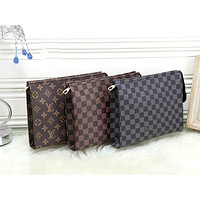 LV street fashion men and women large capacity clutch bag cosmetic bag