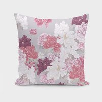 «In my garden» Throw Pillow by Suzanne Carter - Numbered Edition from $27   Curioos
