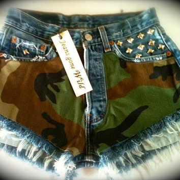 G.I. JANE High waisted denim shorts Studded Jean super frayed in all sizes.