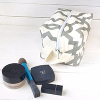 Makeup Bag - Travel Cosmetic Bag - Toiletry Bag - Cosmetic Pouch - Makeup Personalized - Zippered Makeup Bag - Large Cosmetic Bag