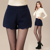 High Waist  Scalloped Hem Woolen Shorts