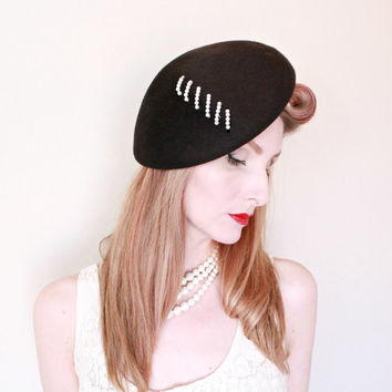 1950s Hat / VINTAGE / 50s Hat / Tam / Black / Pearls / Classic / Couture / Old Hollywood