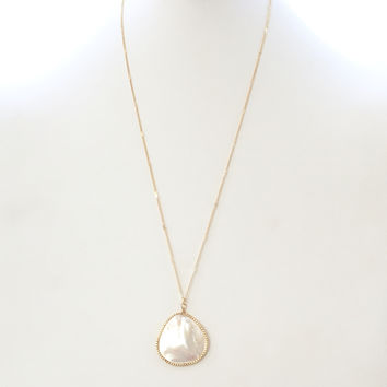 Fig Mother Of Pearl Long Pendant Necklace