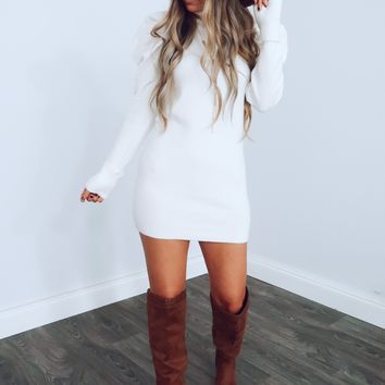 Full Time Flirt Sweater Dress: White