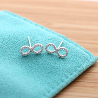 girlsluv.it - simple INFINITY stud earrings with crystals, 2 colors