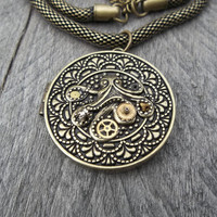 Clockpunk Steampunk Pendant Necklace, Antiqued Brass Octopus Locket with Gears on Antiqued Brass Modified Box-Rope Princess Chain