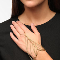 Urban Outfitters - Melbourne Ring-To-Wrist Bracelet