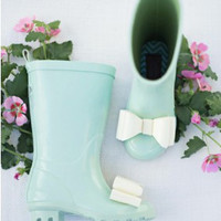 Molly in Spring Green Rainboots