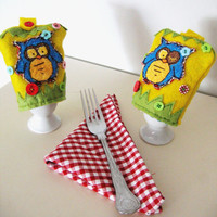 set of 2  owl egg warmers, eggs, kitchen, GIFT