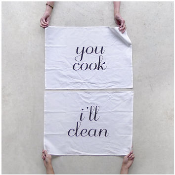 Tea(m) Towels - set of 2 - organic cotton kitchen towels - wedding gift / hostess gift - extra large tea towels