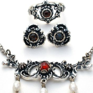 Garnet & Pearl 835 Silver Necklace, Earrings, Ring Set