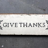 """Rustic """"GIVE THANKS"""" Reclaimed Salvaged Wood Home Decor Kitchen Sign White Black"""