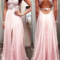 [94.99] Flowing Tulle & Silk-like Chiffon Halter Neckline A-Line Prom Dresses With Lace Appliques - dressilyme.com