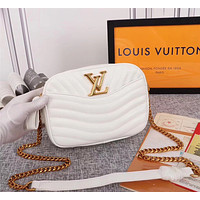 LV Louis Vuitton LEATHER NEW WAVE INCLINED CHAIN SHOULDER BAG