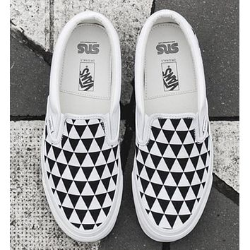 Vans Vault OG Classic Slip-On LX  Classic men & women casual shoes