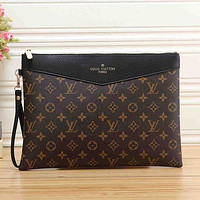 Louis Vuitton Women Fashion Leather Clutch Bag Wristlet Handbag