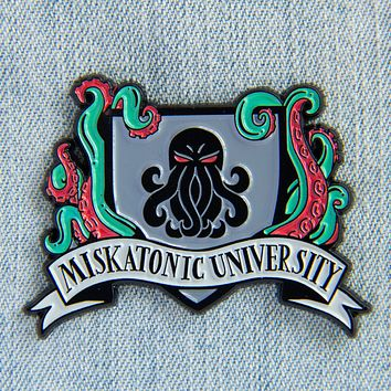 H.P. Lovecraft Miskatonic University Enamel Pin